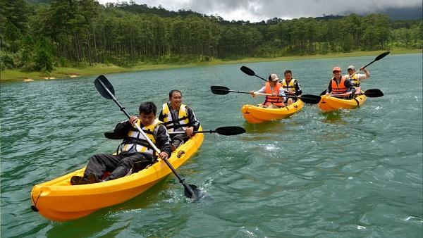 cheo thuyen kayak thac datanla