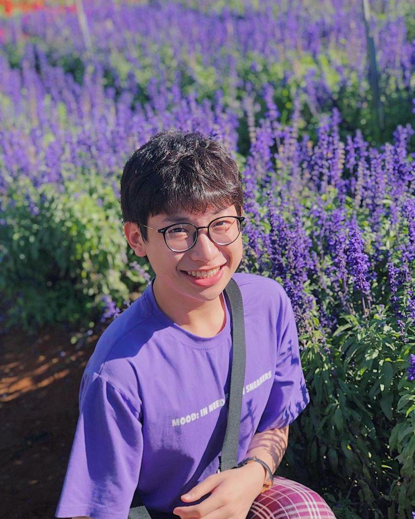 vuon hoa violet