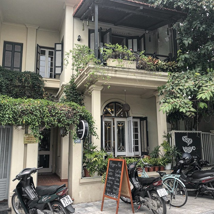 3. The Eastern and Oriental Tea House & Coffee Parlour