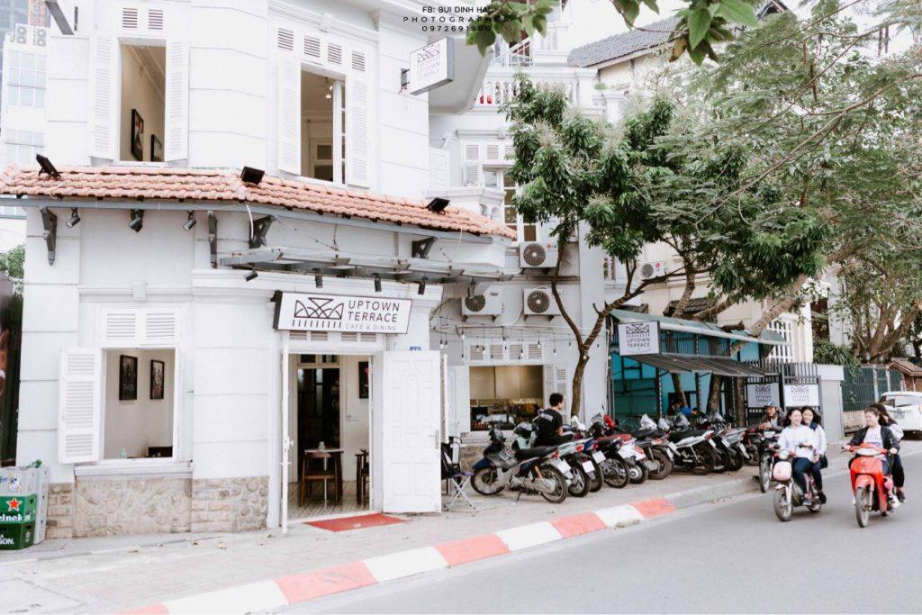 uptown terrace cafe ho tay