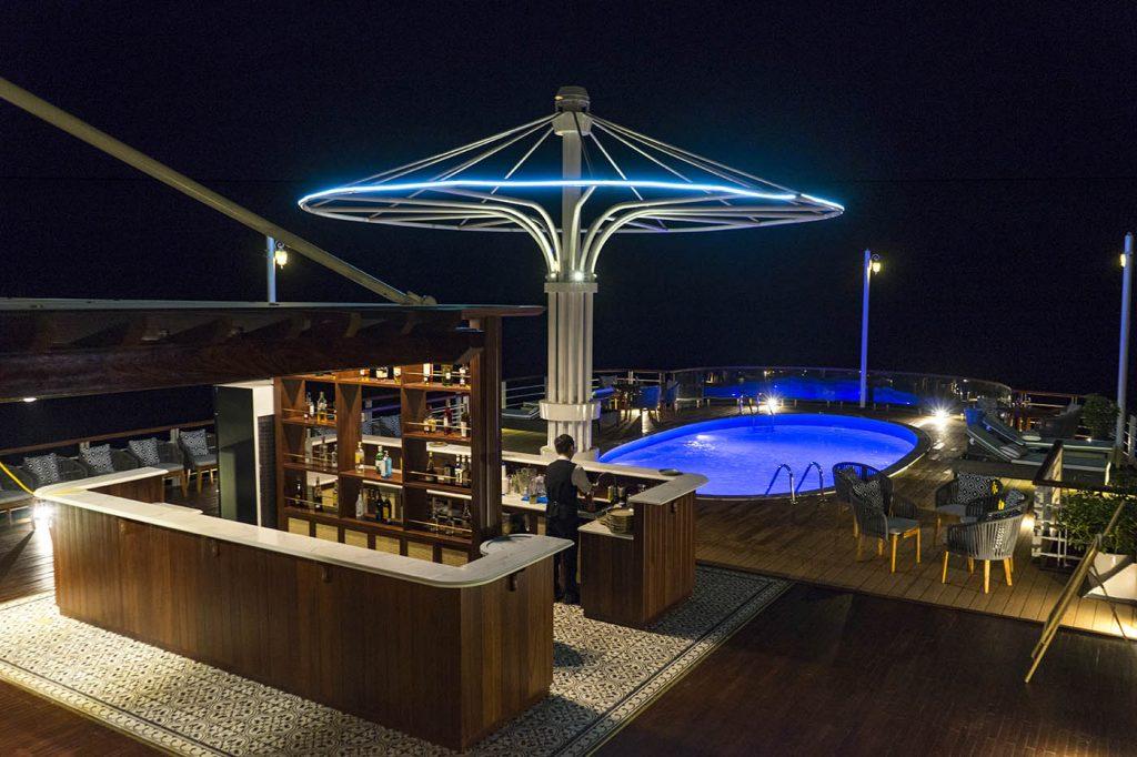 Pool-Bar-1024x682