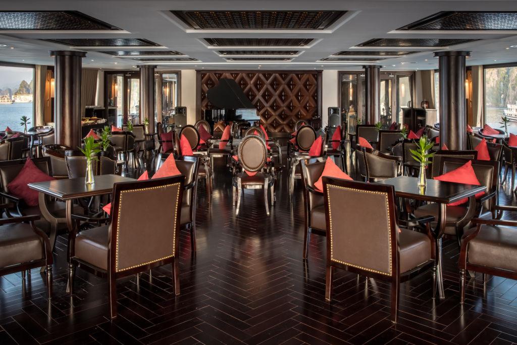President Cruises - Piano Lounge 2