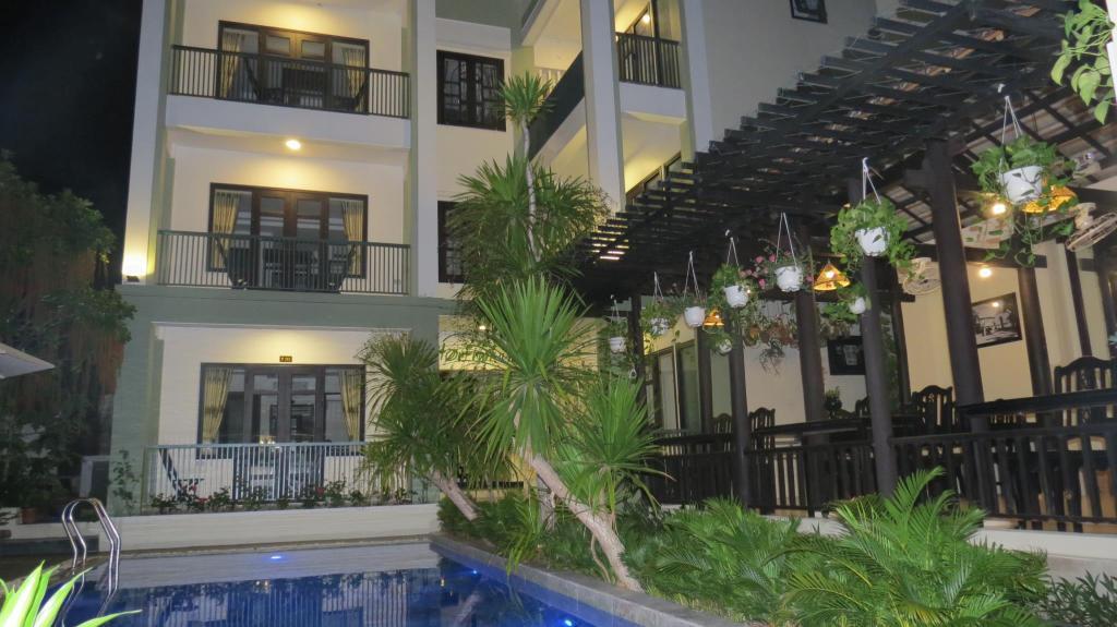 Starfruit Villa Hue