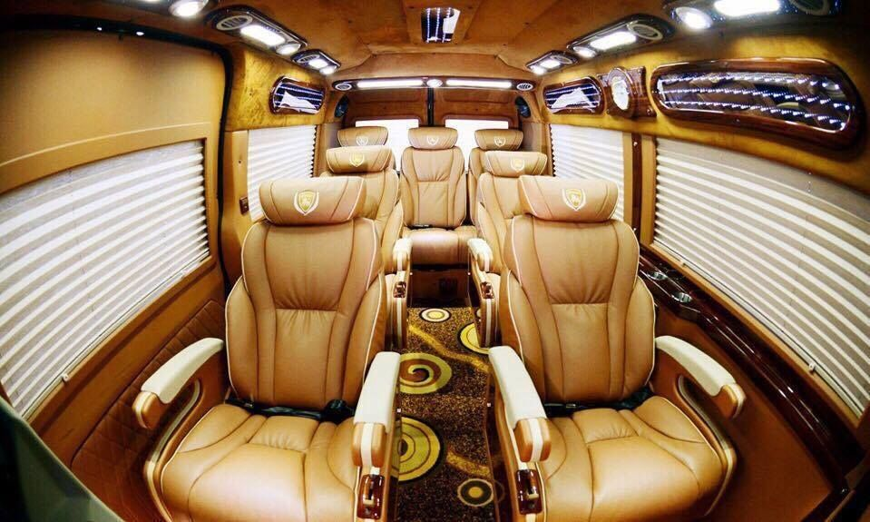 Xe limousine Thinh Phat