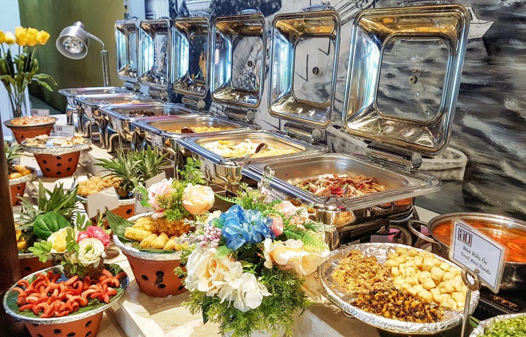 buffet lang ngoi ha long