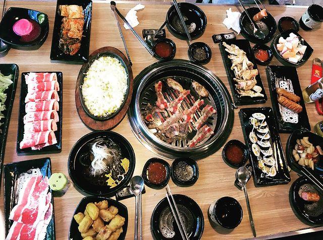 Yoon Oppa BBQ buffet ha long ngon