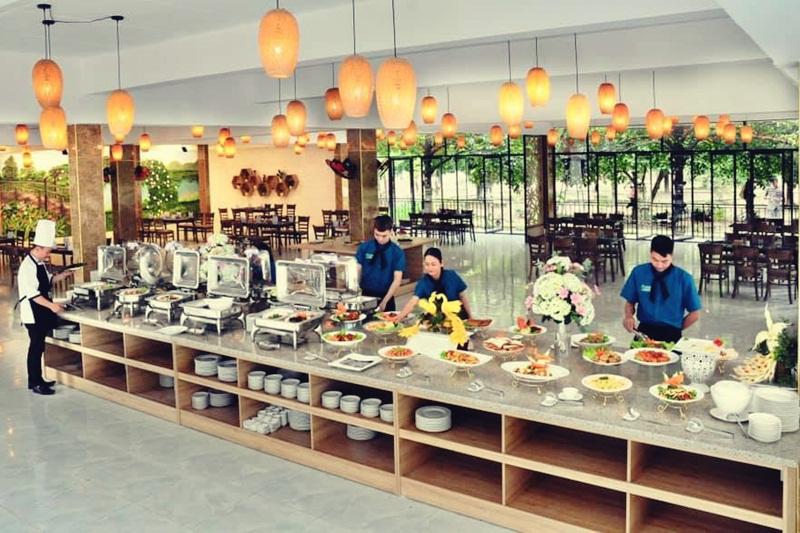 green-garden-hue-restaurant-03