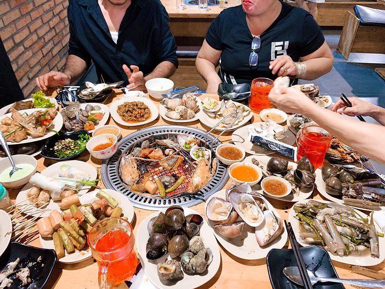 thoa thich an cung top 10 quan buffet hai san go vap