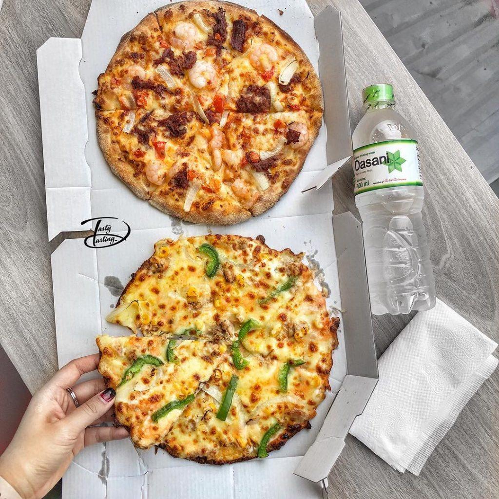 bánh pizza domino
