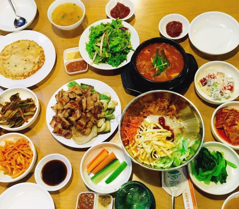 Nhà hàng Korean BBQ LEE CHO quan nuong HQ quan 7-3