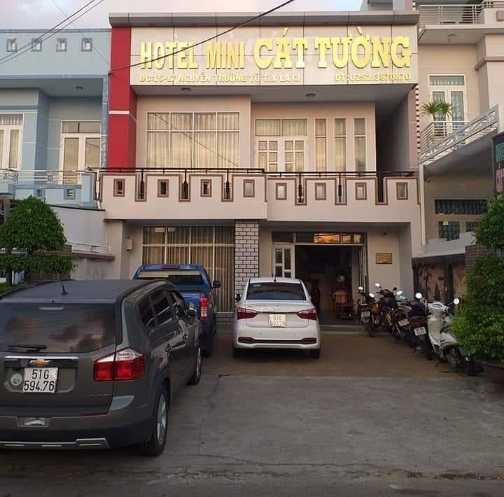 Khách sạn ở Lagi