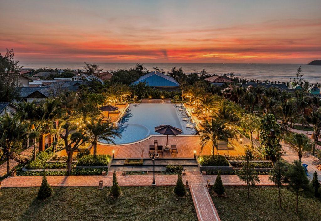 resort at the lucan