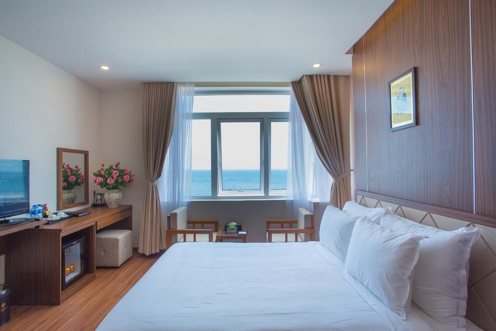 Khách sạn De Lamour Đà Nẵng