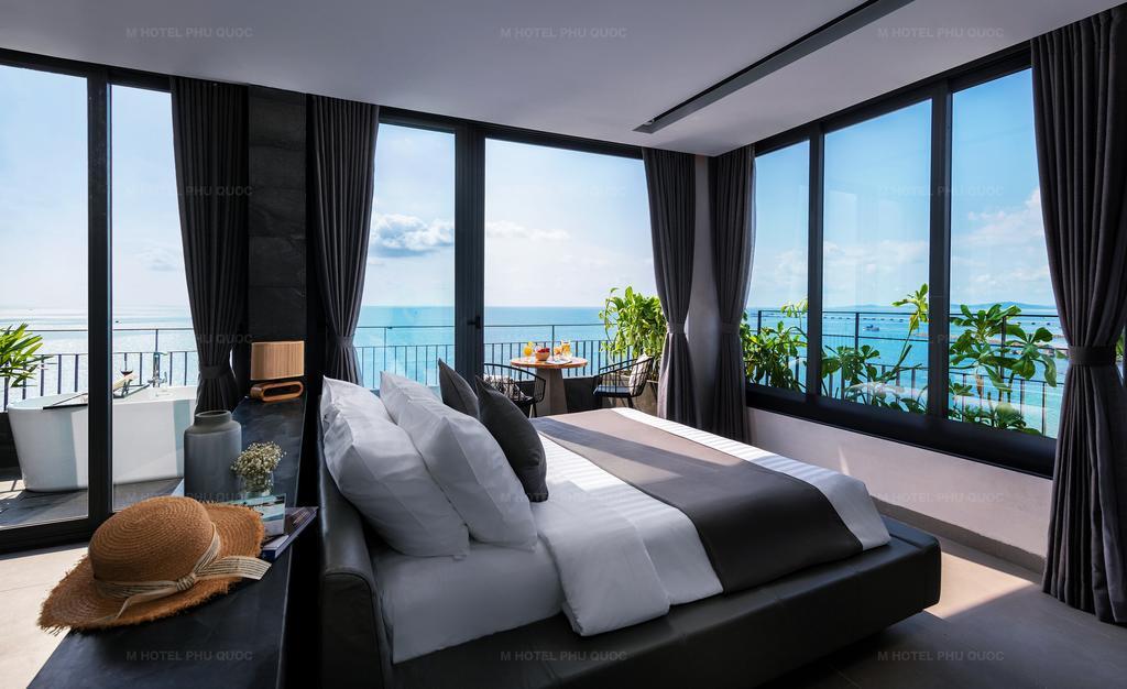 phòng ngủ không gian mở của M Hotel
