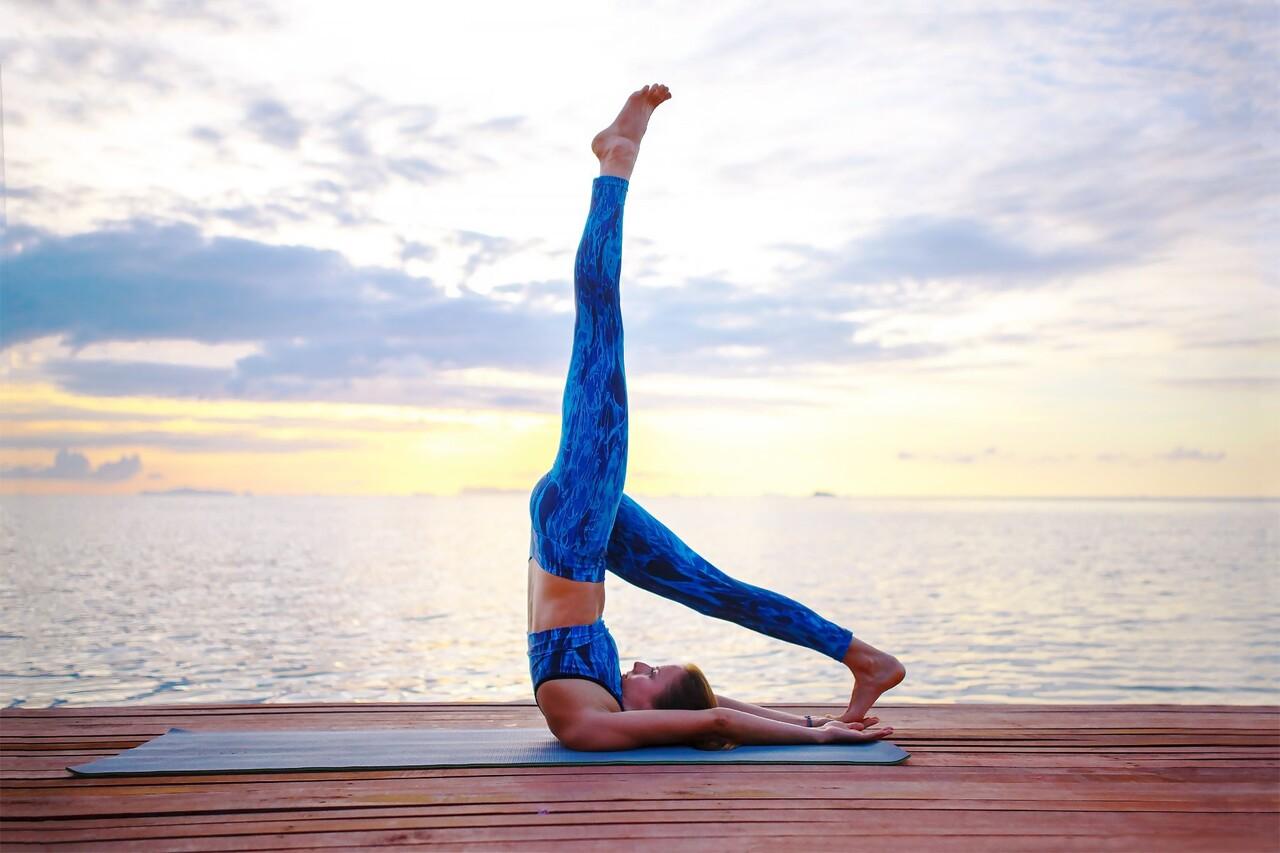 Tap yoga o khach san 6 sao Regent Phu Quoc