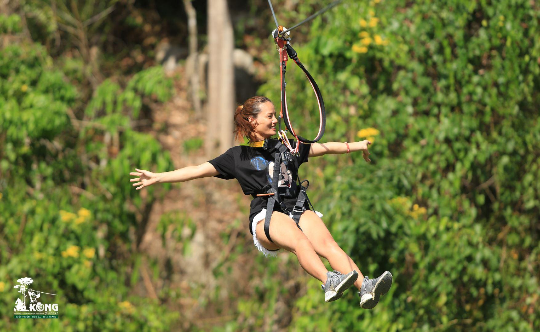 Truot Zipline KOng Forest Nha Trang