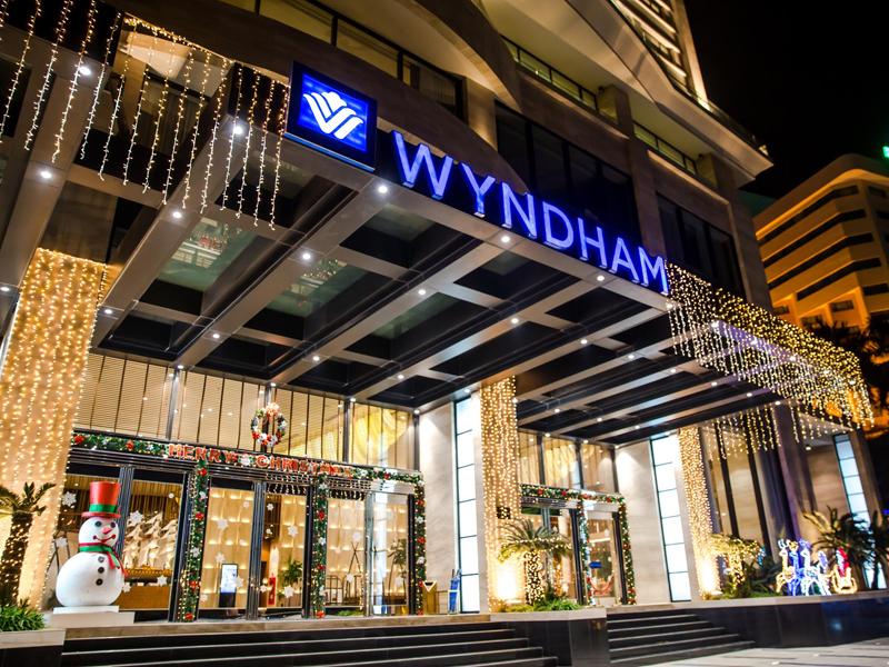 Wyndham Legend Hạ Long