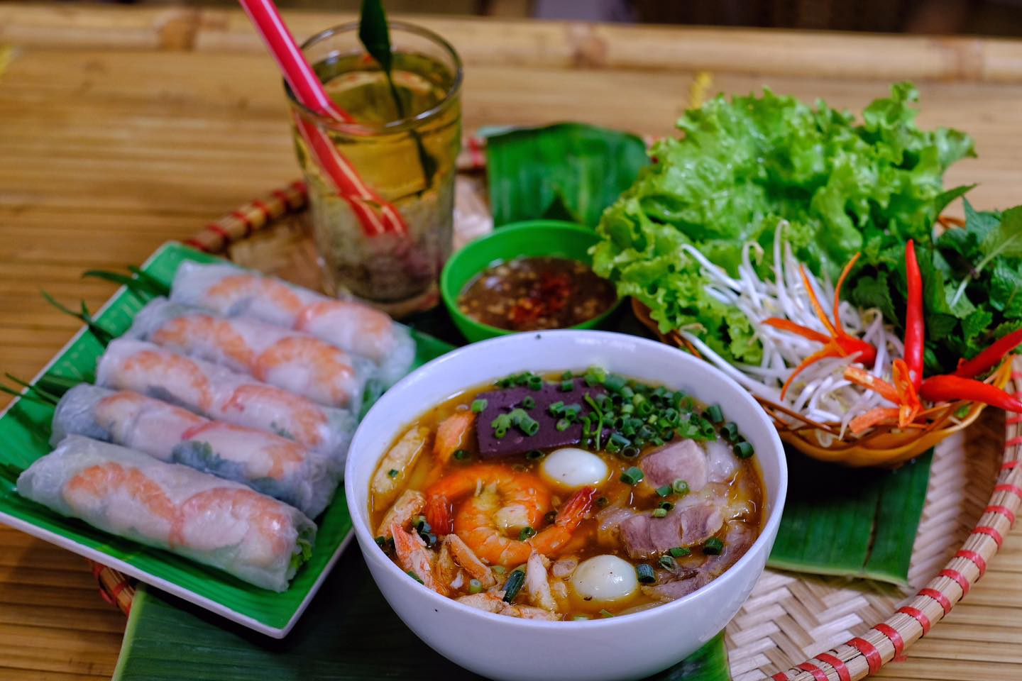 banh-canh-ghe-ut-coi