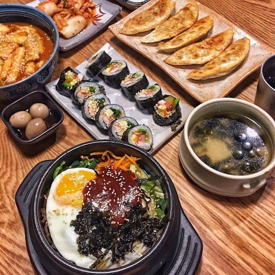 cơm-tron-chuan-han-tai-ha-noi