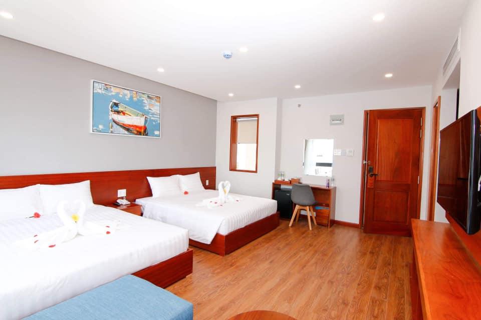 Khách sạn Mento Quy Nhơn khiến khách hàng thích thú với thiết kế hồ bơi trong khách sạn