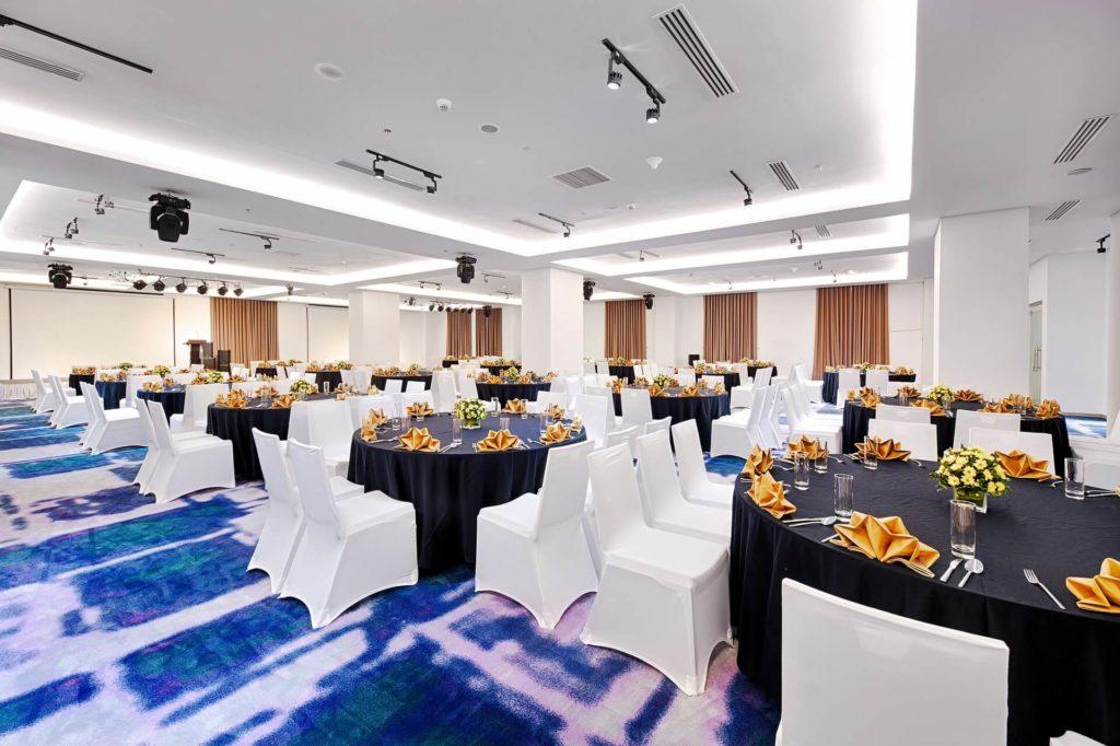 phong su kien Danang Golden Bay Hotel