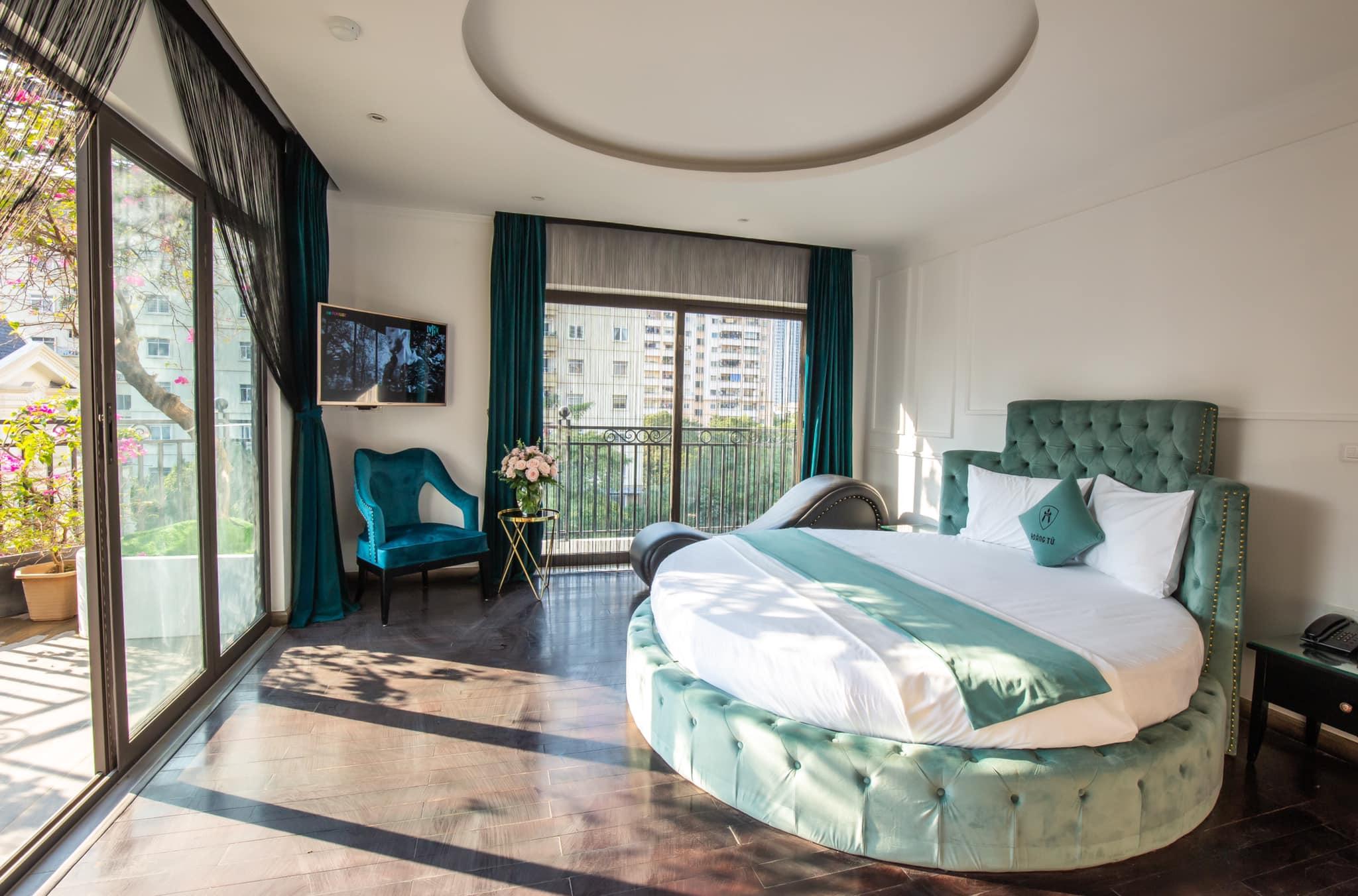 Hoàng tử 7 Hotel - khách sạn tình yêu Hà Nội