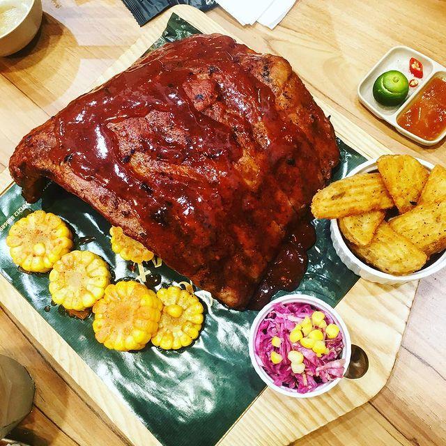 Suon nuong Food House