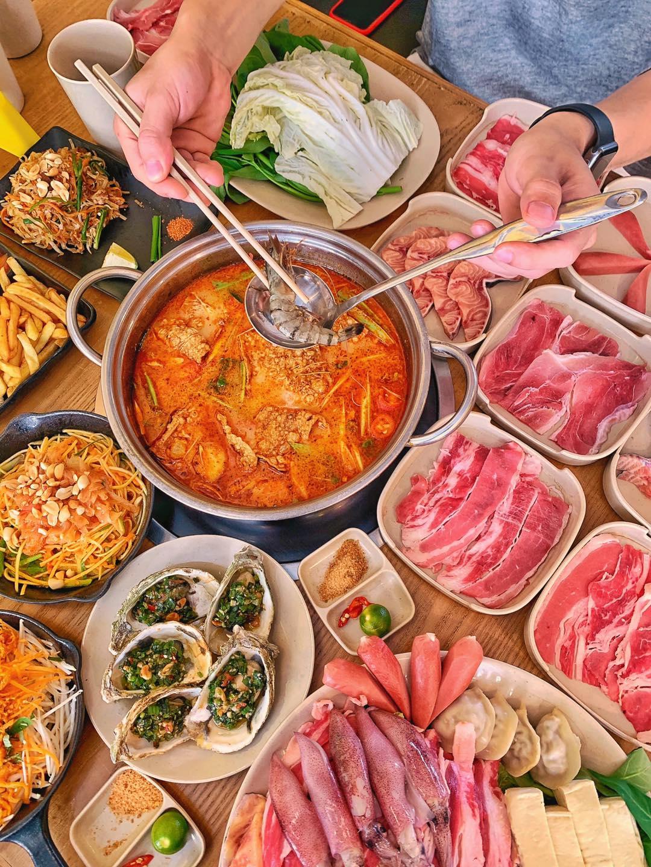Thai Deli - Buffet Lau Thai