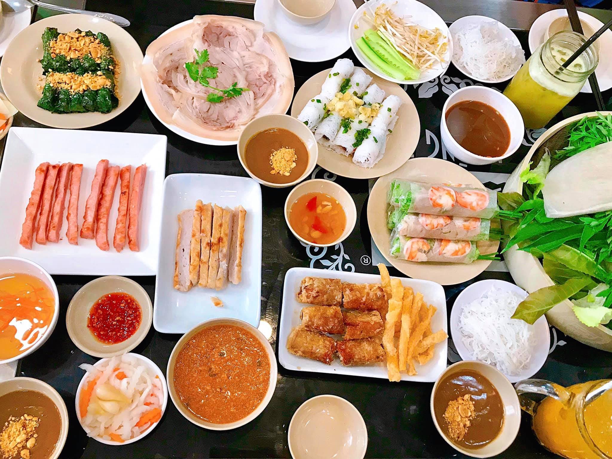 banh trang Hoang Ty - quan ngon Phu Nhuan