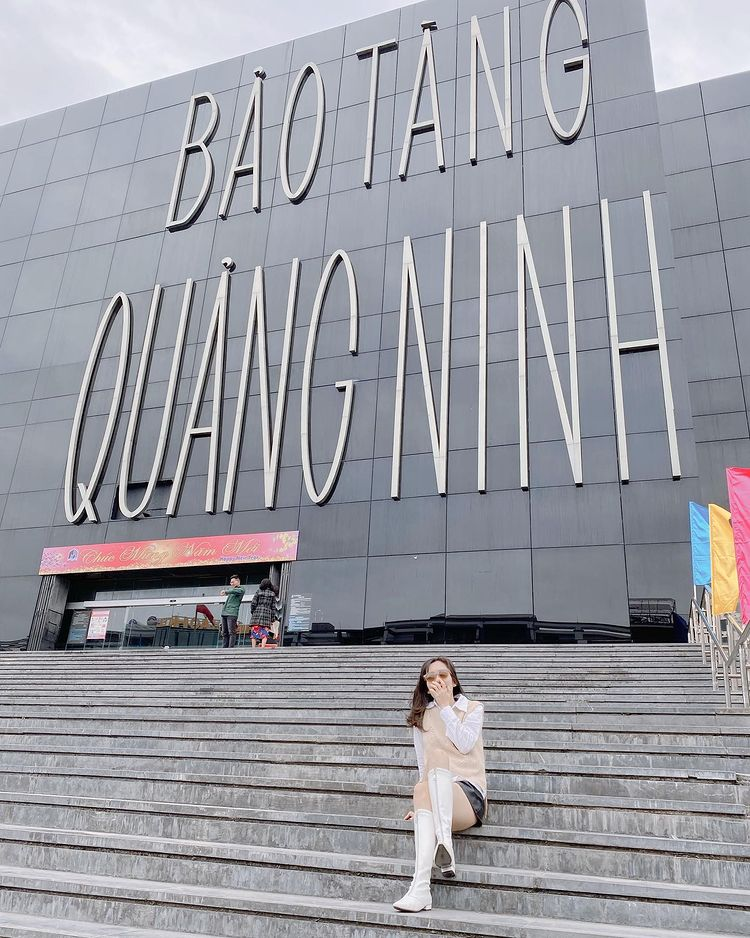 Tham quan bảo tàng Quảng Ninh