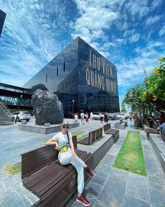 Chụp ảnh sống vào với bảo tàng Quảng Ninh