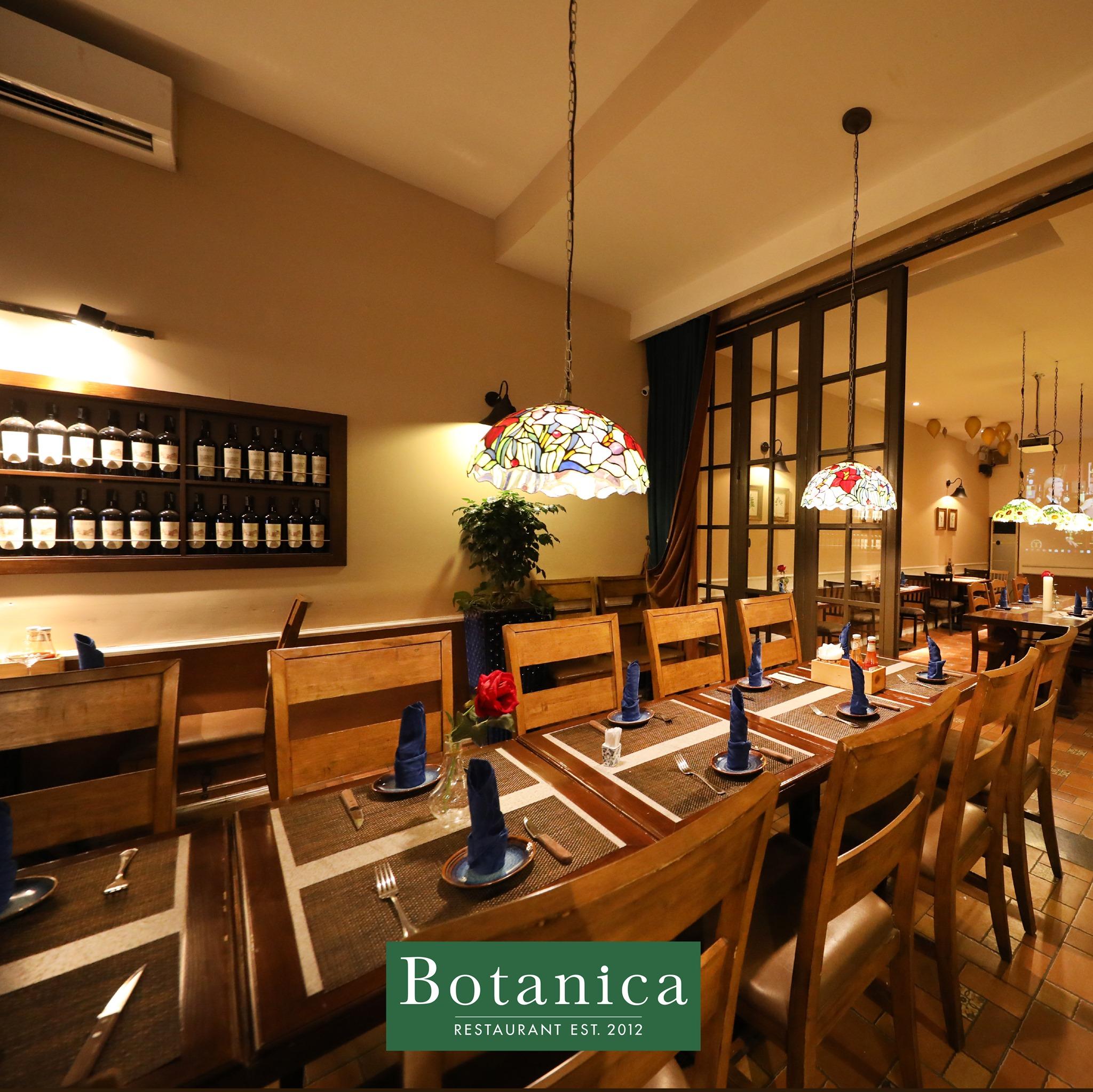 Không gian nhà hàng Botanica