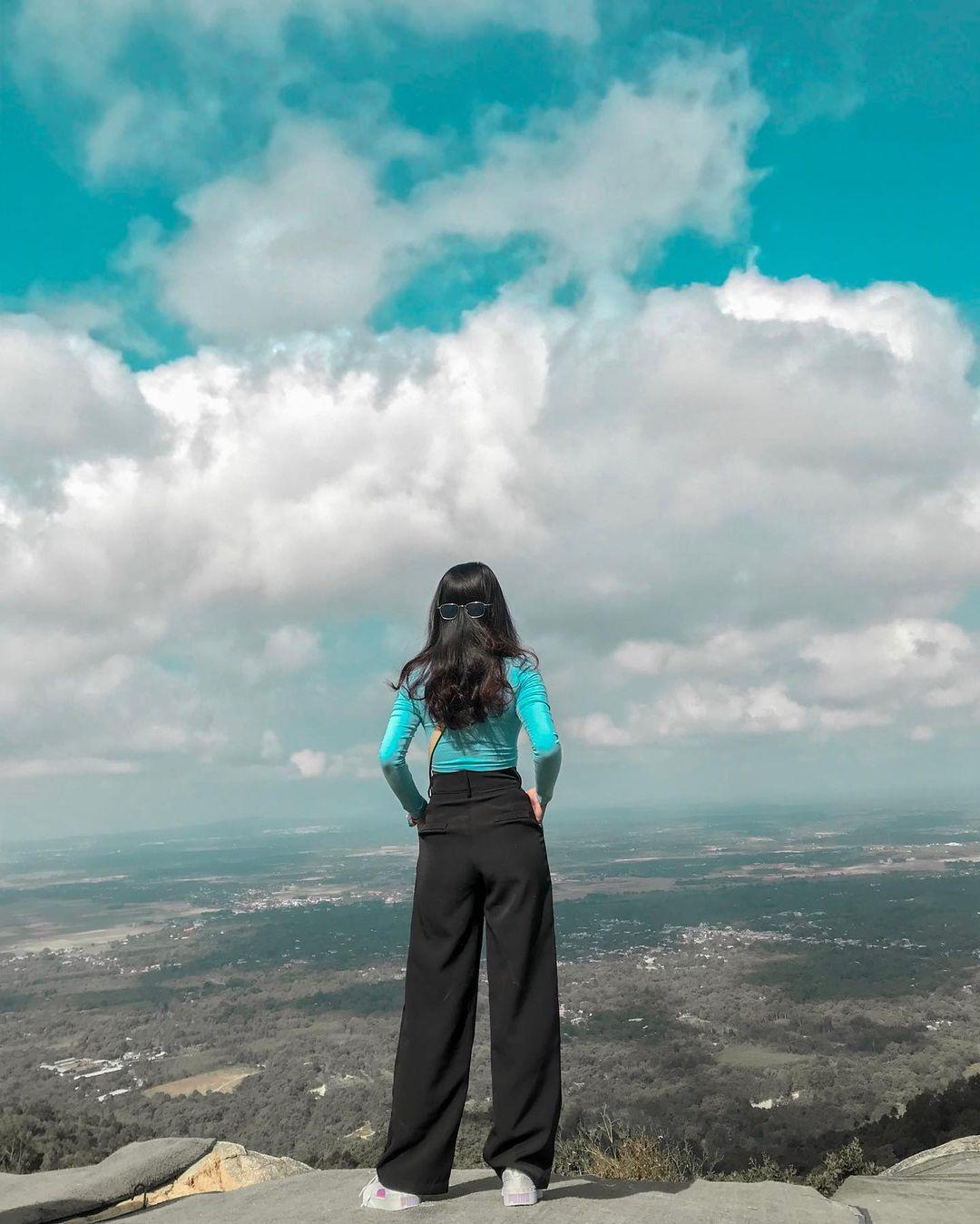 Săn mây từ đỉnh núi