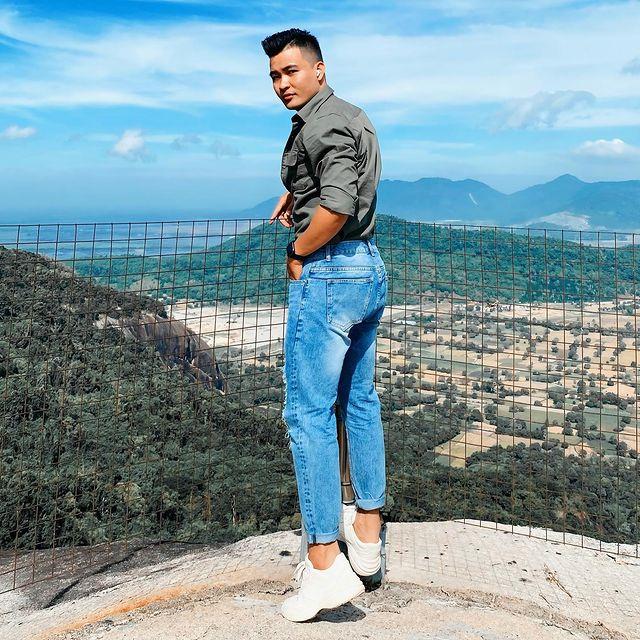 Chụp ảnh từ trên núi cao