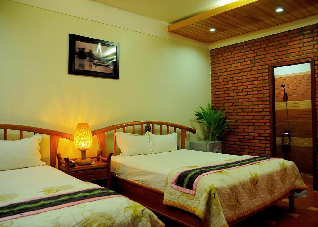 6-green-hotel