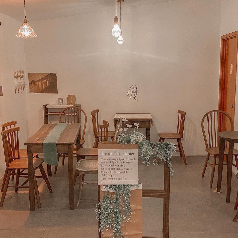 Anais Cafe - quán cafe đẹp quận 7
