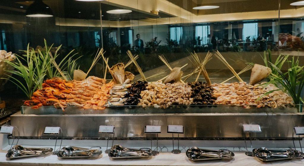 buffet hai san mermaid