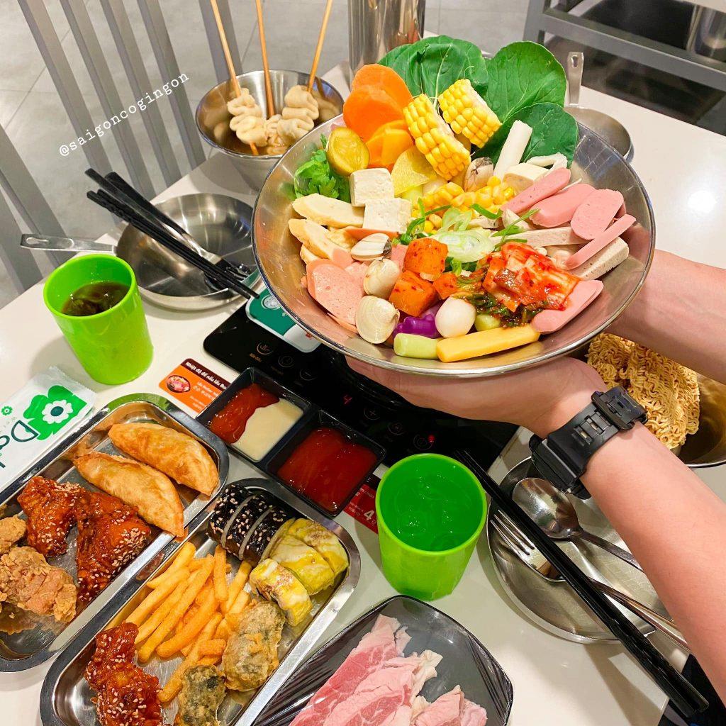 buffet lau tokbokko