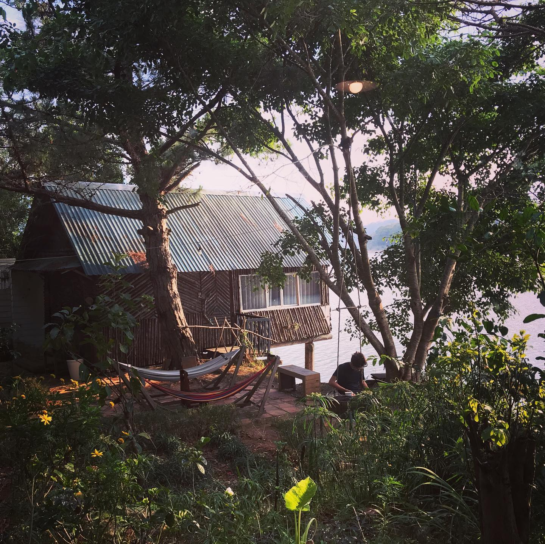 the lake house homestay hồ tuyền lâm
