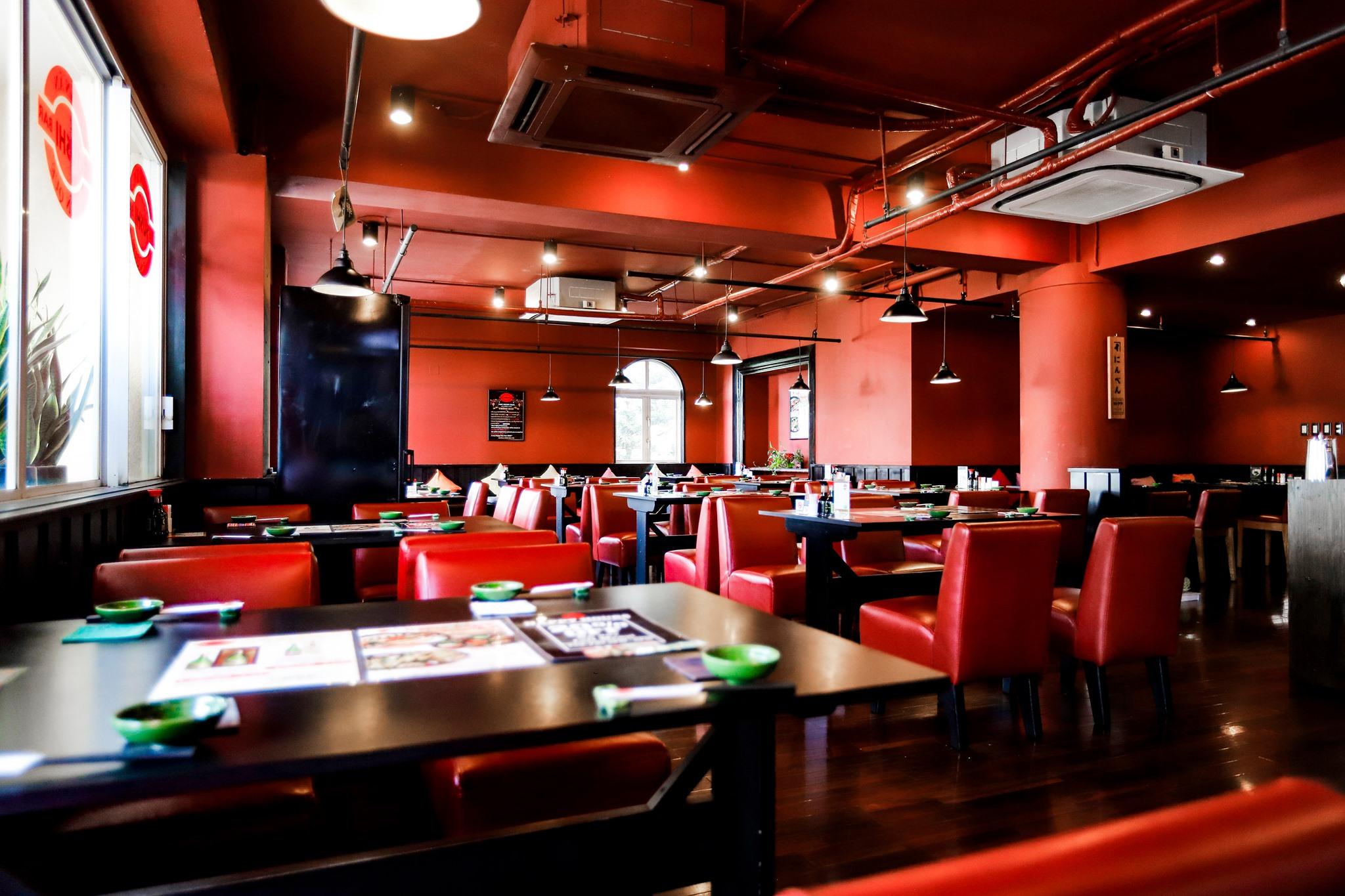 khong gian The Sushi Bar