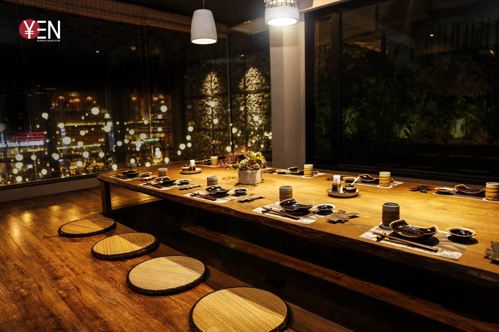 khong gian Yen sushi Le Quy Don