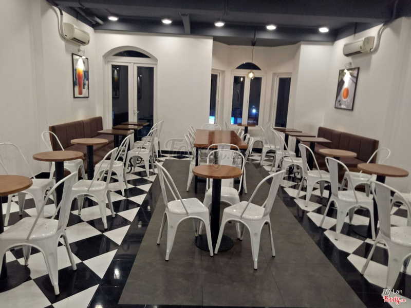 koi-the-cafe-phan-van-tri-go-vap