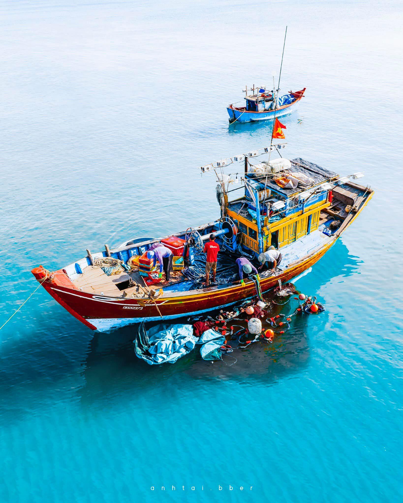 Chợ cá Nhân Trạch - Quảng Bình
