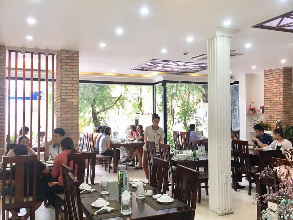 nha hang com nieu Phu Ong