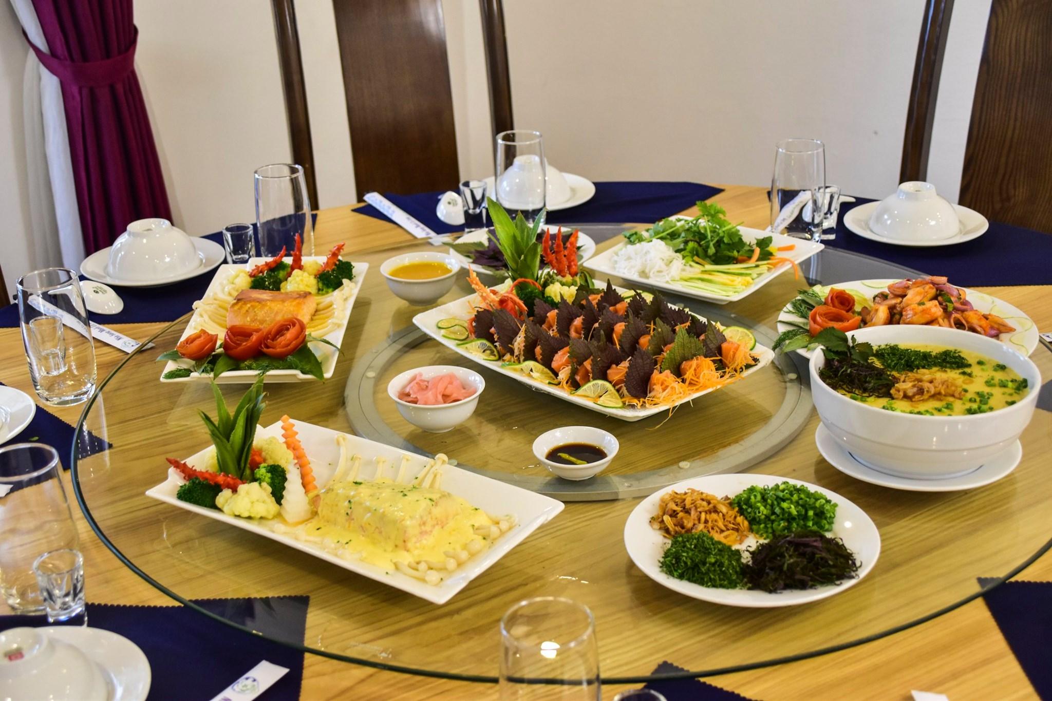 Nhà hàng Phương Đông