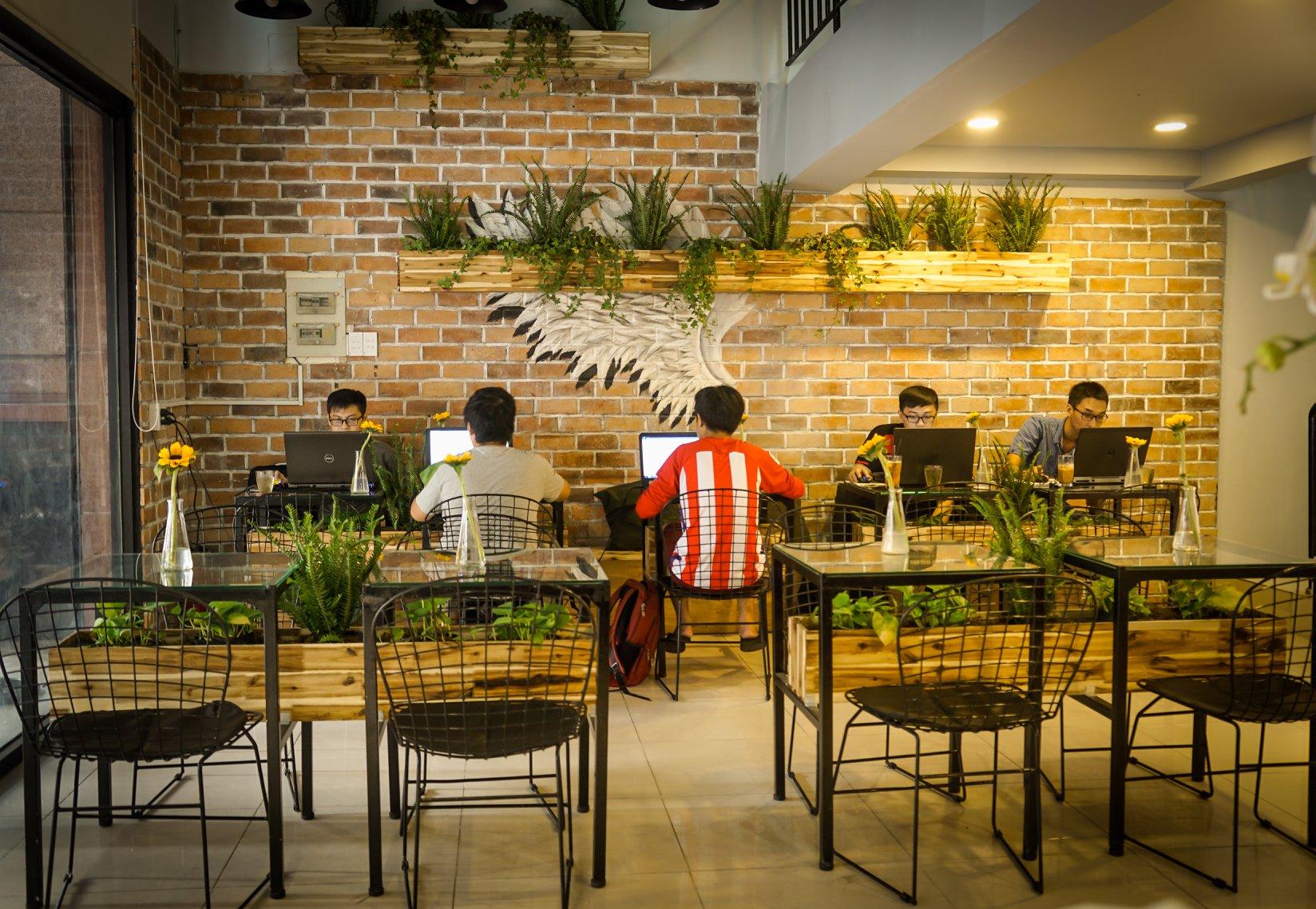 The Coffee & Tea Station - quán cafe quận 11