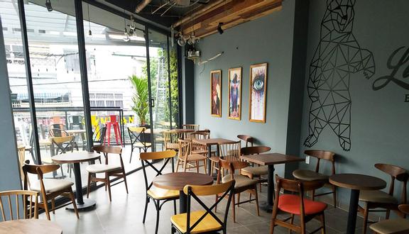 Le Bafe Cafe