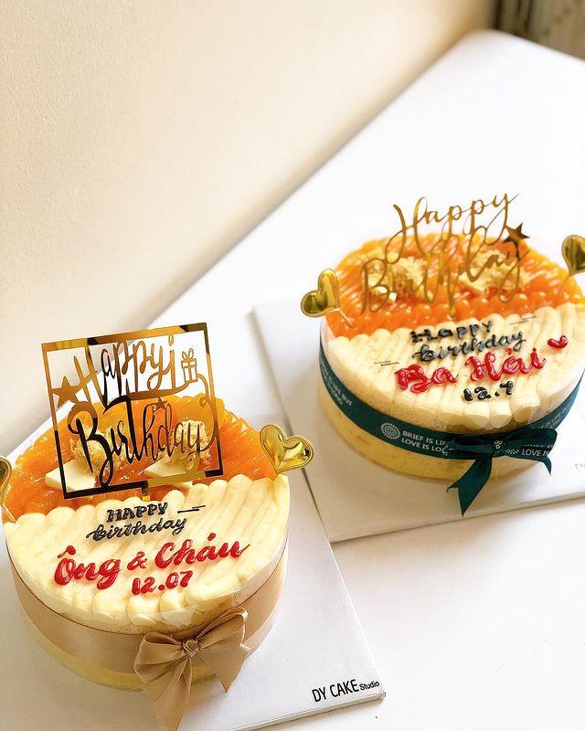 Banh bong lan trung muoi Da Nang Dy Cake