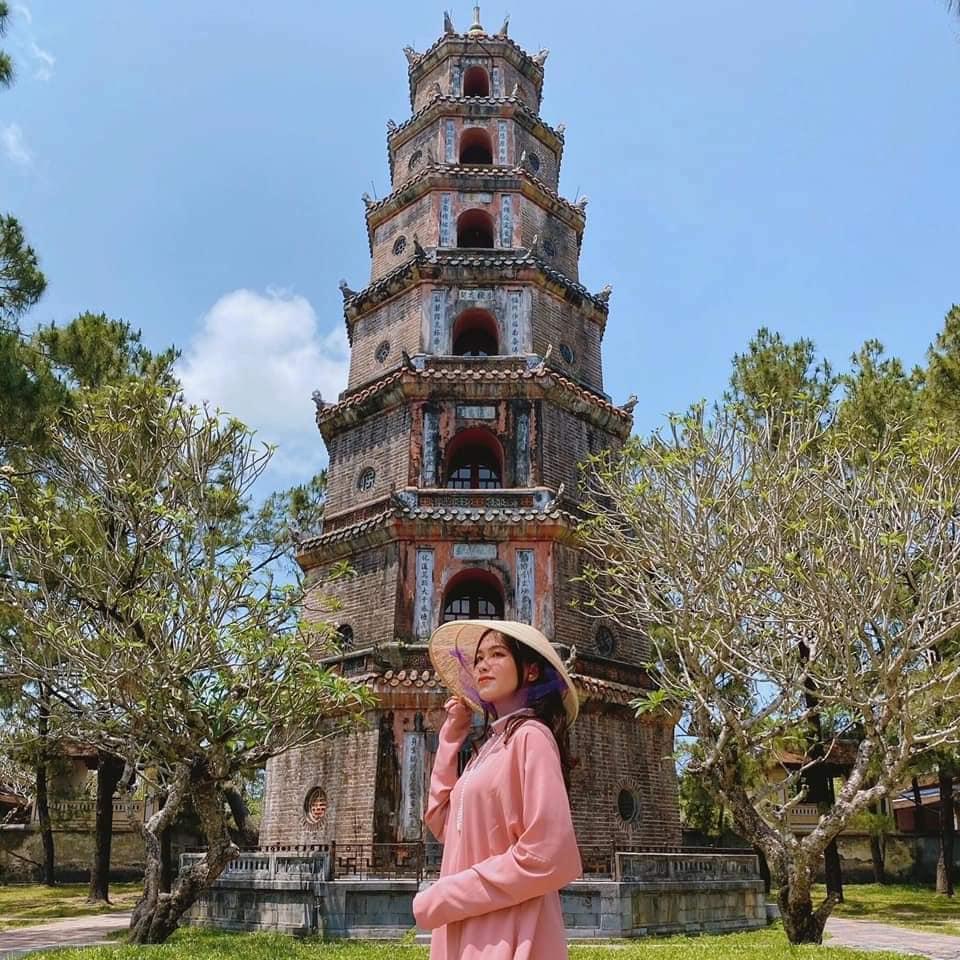Chùa Thiên Mụ - góc check in Huế