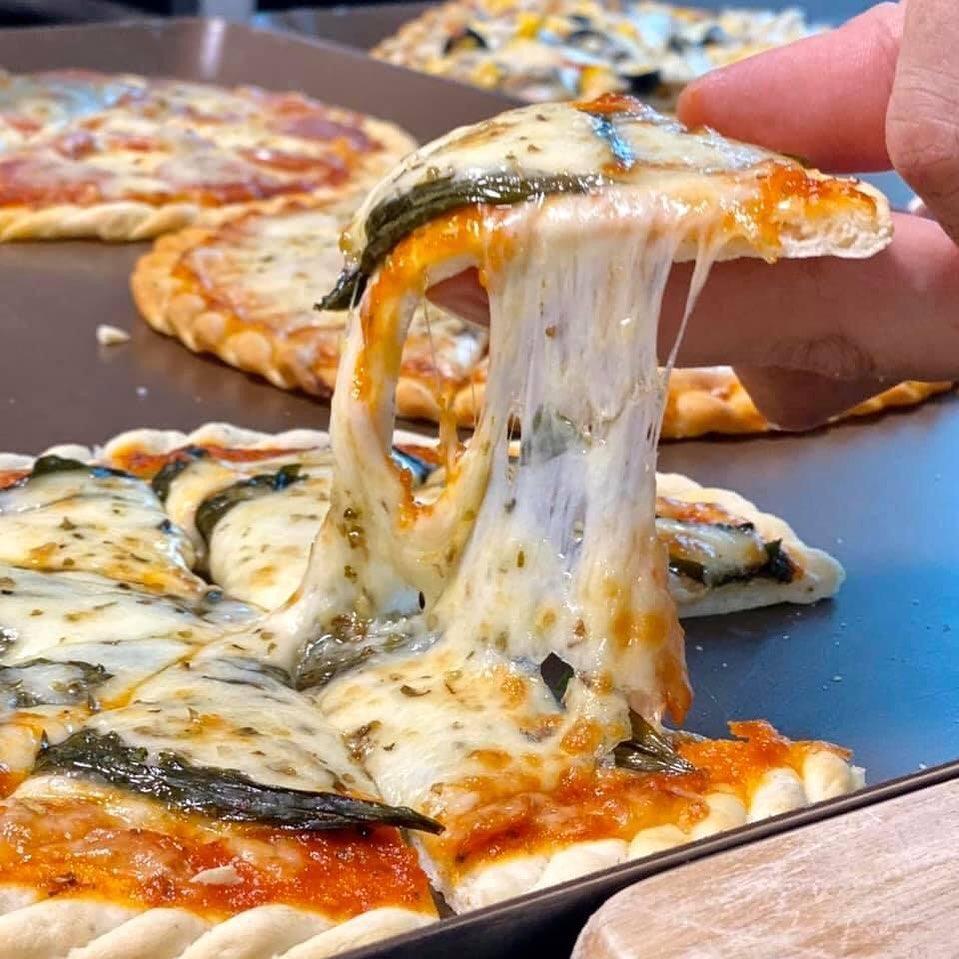 pizza company nguyen son chay
